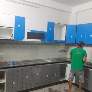 đá ốp bếp màu đen kim sa trung
