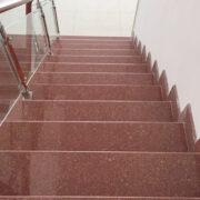 đá đỏ ruby ấn độ ốp cầu thang nhà đẹp
