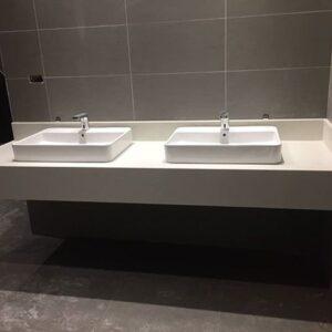 Đá màu trắng ốp mặt lavabo – mã số 05