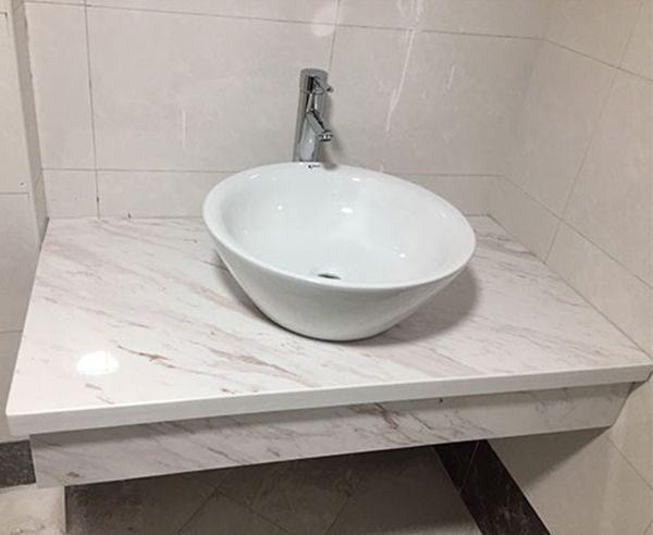Đá trắng Ý Volakas ốp mặt lavabo đẹp – mã số 09